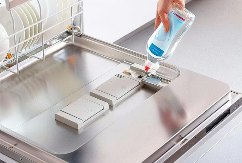 Рідкий ополіскувач для посудомийної машини