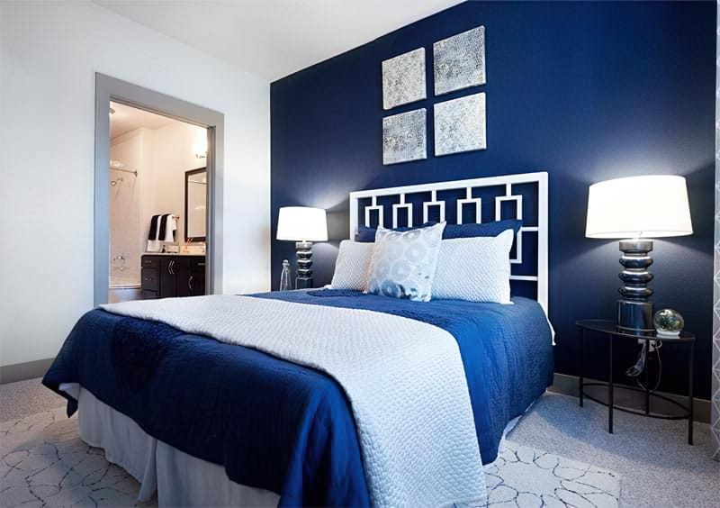 Синій колір в інтер'єрі спальні - відтінки захоплюючі дух 28
