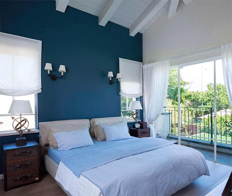 Синій колір в інтер'єрі спальні - відтінки захоплюючі дух 84