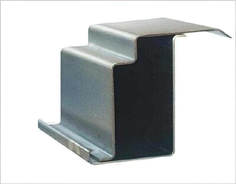 Як вибрати хороші вхідні металеві двері: конструкції, матеріали, захисні властивості 6