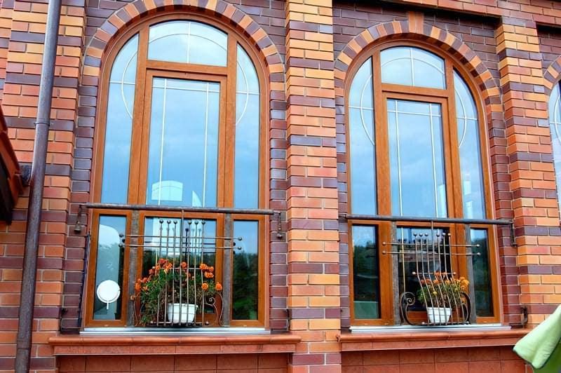 Вікна з шпросами: ідеальні для заміських будинків 1