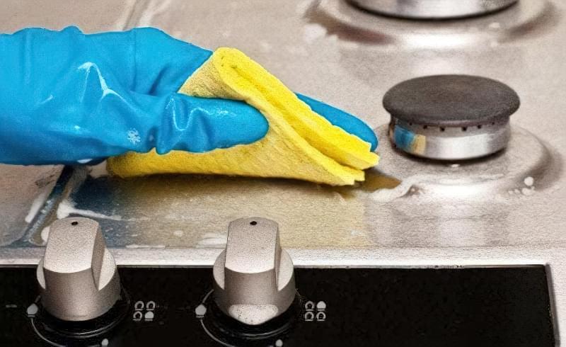 Як і чим очистити плиту від жиру і нагару в домашніх умовах 9