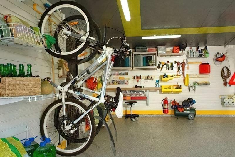 Як раз і назавжди навести порядок в гаражі? 5