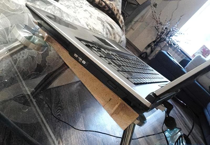Робимо підставку під ноутбук з охолодженням своїми руками 6