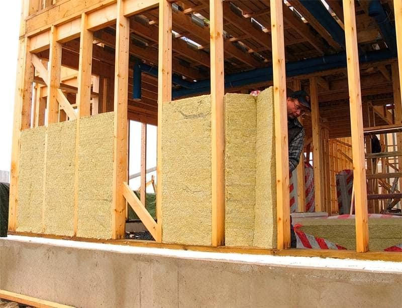 Яка мінеральна вата краща для утеплення — кам'яна або скловата, порівняння матеріалів 7