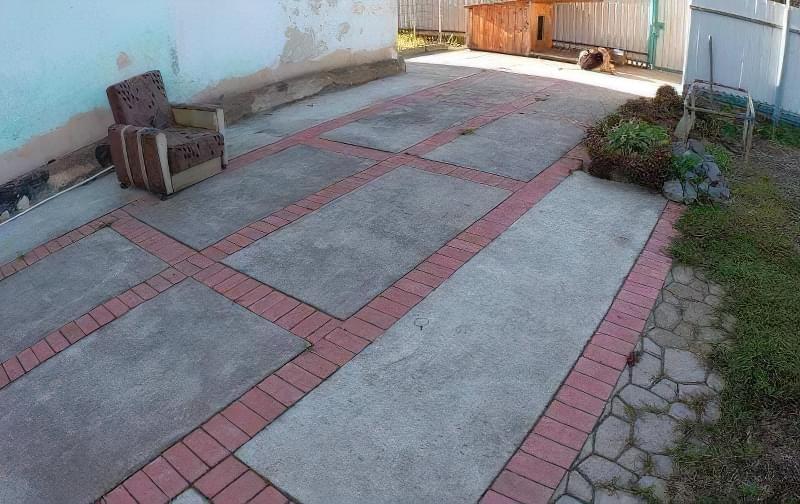 Бетонування двору приватного будинку і доріжок в саду: методи та матеріали 13