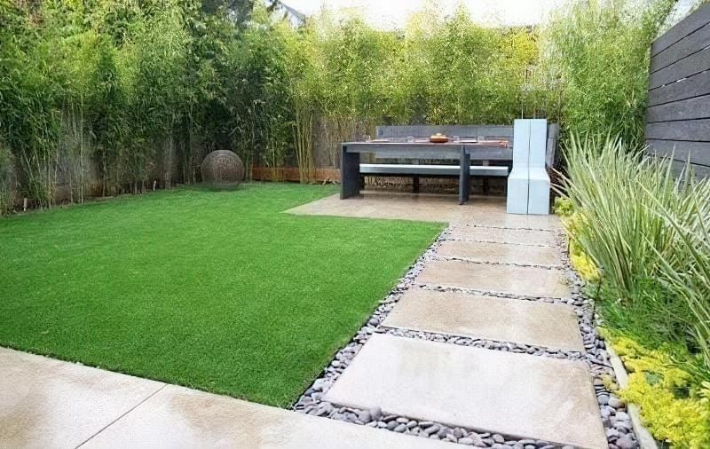 Бетонування двору приватного будинку і доріжок в саду: методи та матеріали 10