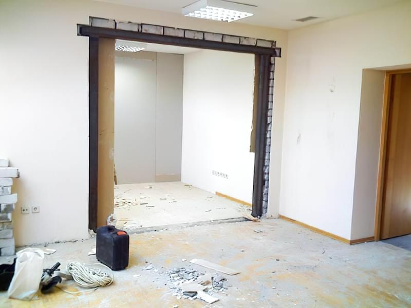 Як проводиться розширення дверного отвору в несучій стіні 1