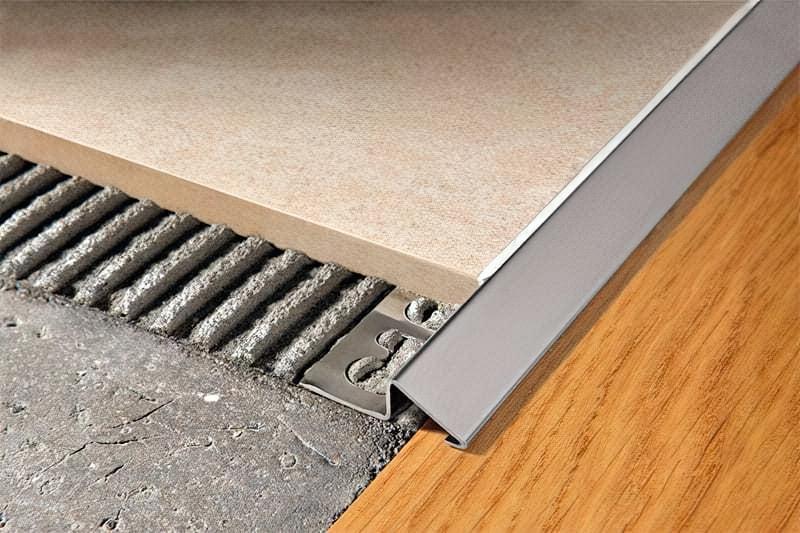 Стик плитки і ламінату - варіанти і способи оформлення 4
