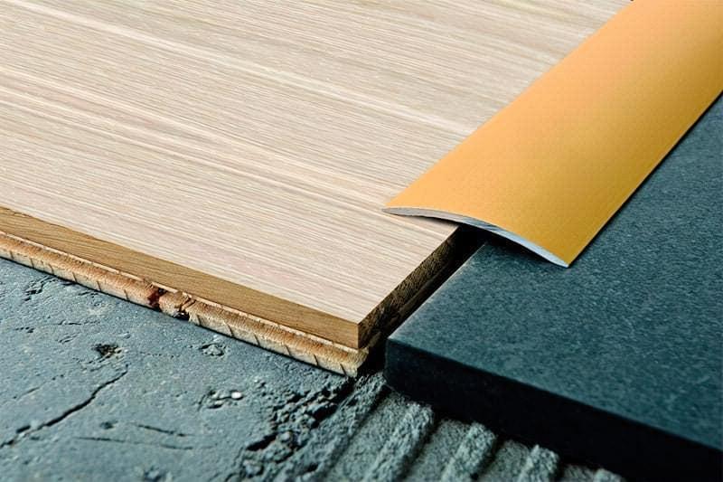 Стик плитки і ламінату - варіанти і способи оформлення 2