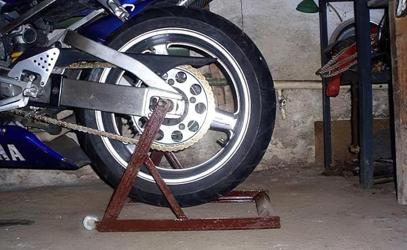 Підставка під мотоцикл своїми руками 8