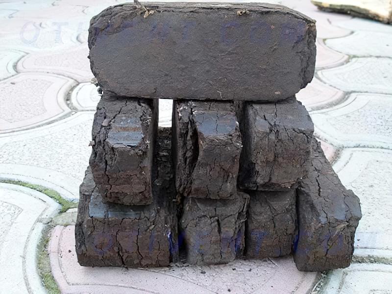 Порівняння паливних брикет з дровами – практичний досвід 3