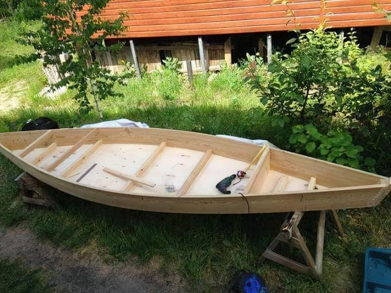 робимо дерев'яний човен-плоскодонку