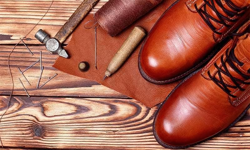 5 кращих клеїв для взуття 1