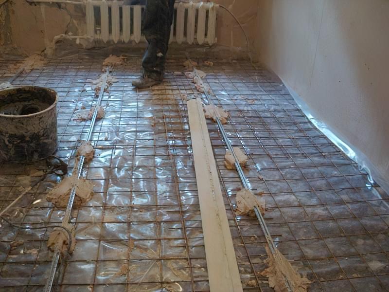 Як зробити стяжку підлоги у себе вдома — рекомендації та інструкції 6