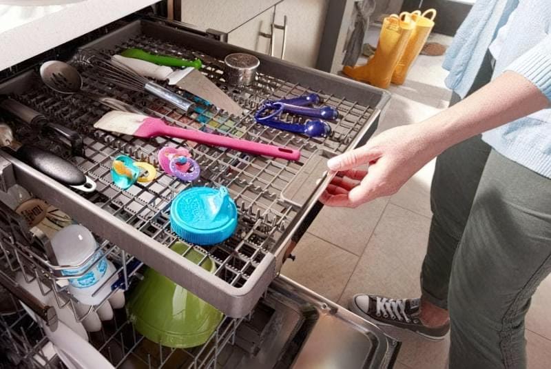 А ви знали, що ці 7 речей можна мити в посудомийній машині? 1
