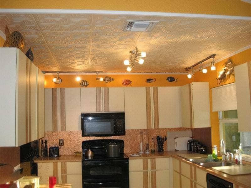 Стеля на кухні: варіанти обробки, плюси, мінуси 3