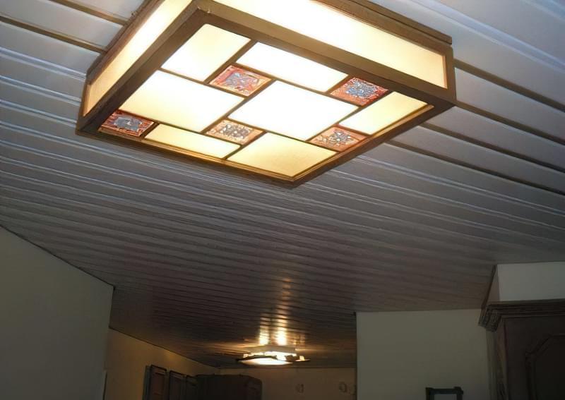 Як зробити стелю з пластикових панелей у ванній і на кухні? 2