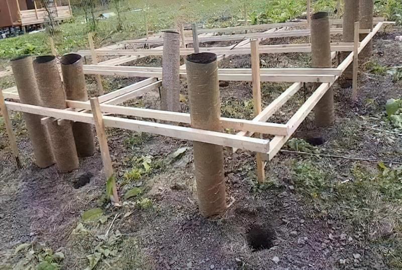 Фундамент набирає необхідну міцність