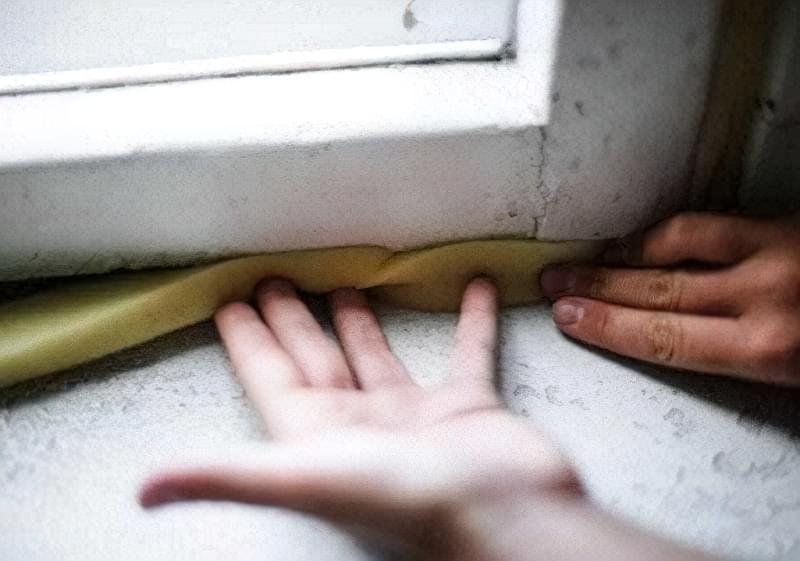 Як утеплити старі дерев'яні вікна на зиму 7