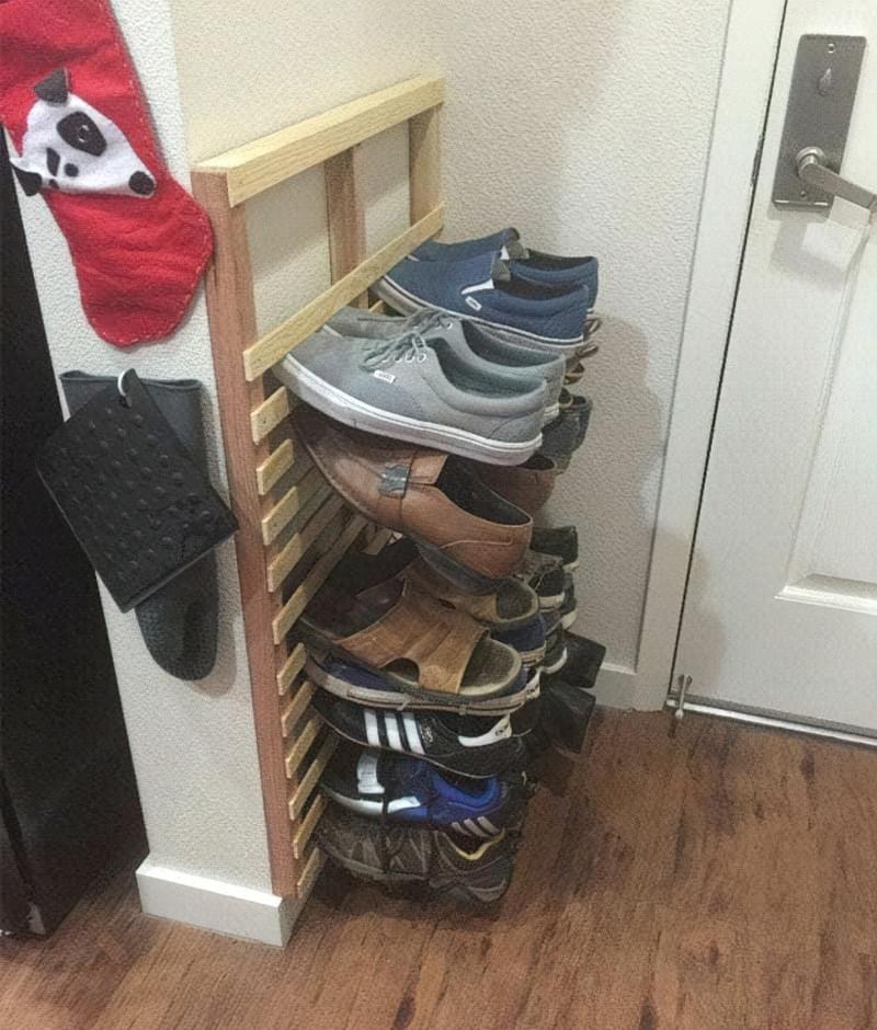 Поличка для взуття своїми руками