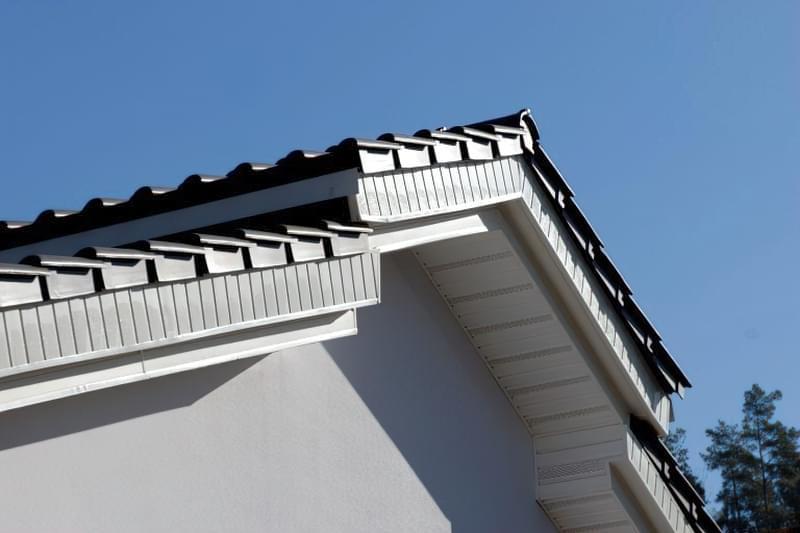 Підшивка даху софітами своїми руками 1