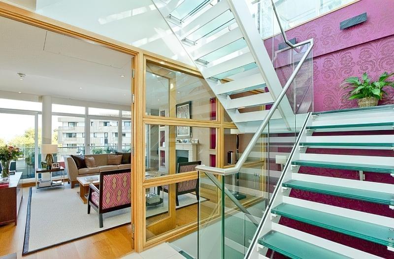 Скляні сходи фото