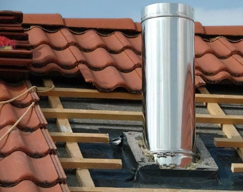 Монтаж витяжки на дах через металочерепицю 2