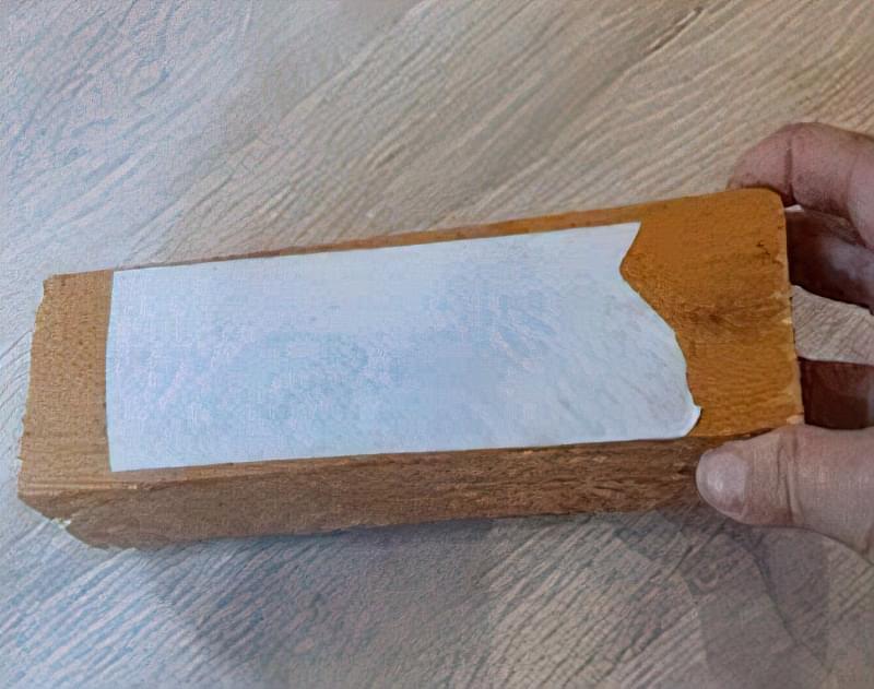 Як прибрати щілини і зазори в ламінаті