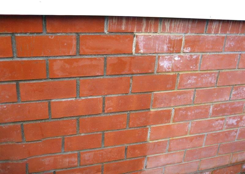 Лак для цегли, бетону, каменю: навіщо потрібен, як вибрати 2