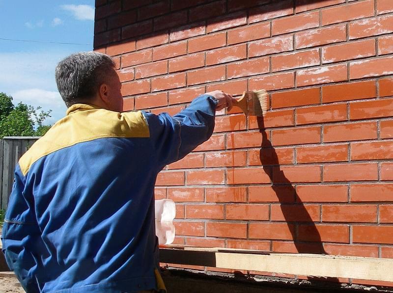 Лак для цегли, бетону, каменю: навіщо потрібен, як вибрати 6