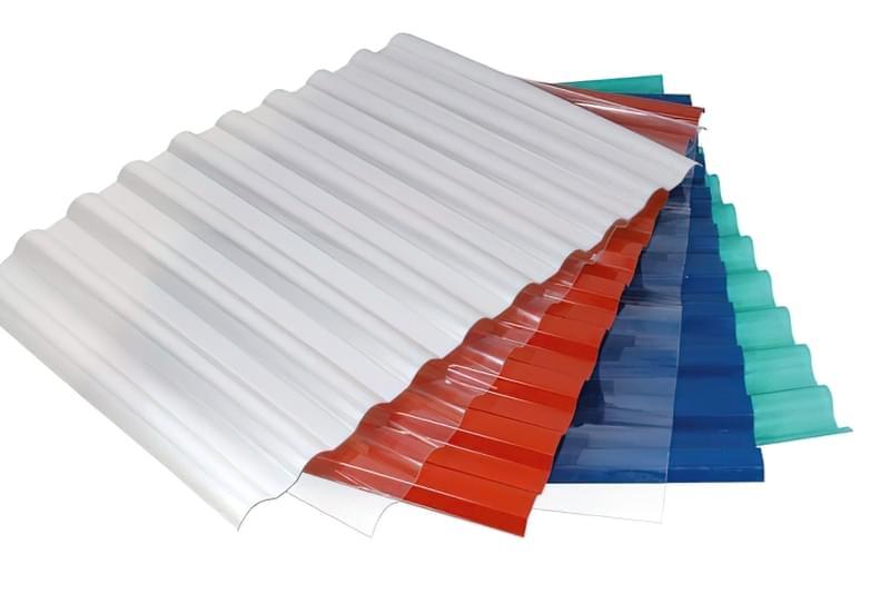 Пластиковий профлист: плюси і мінуси, особливості монтажу 3