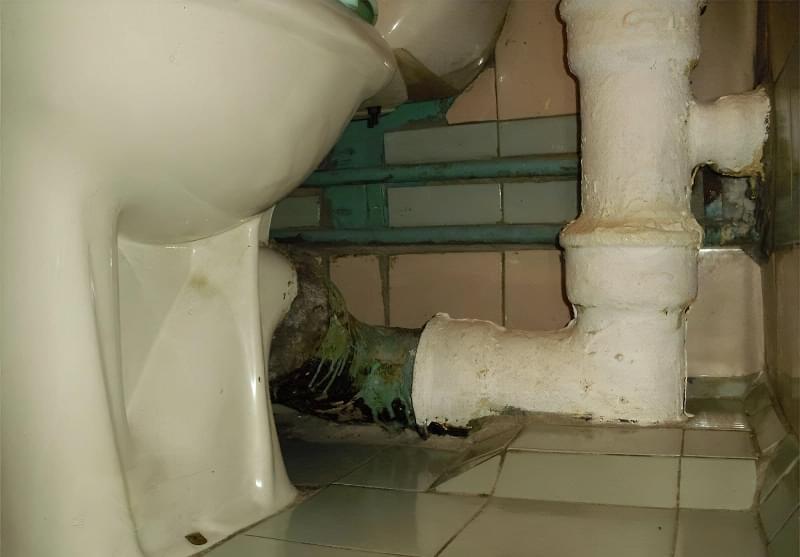 Шумоізоляція каналізаційного стояка в квартирі 1