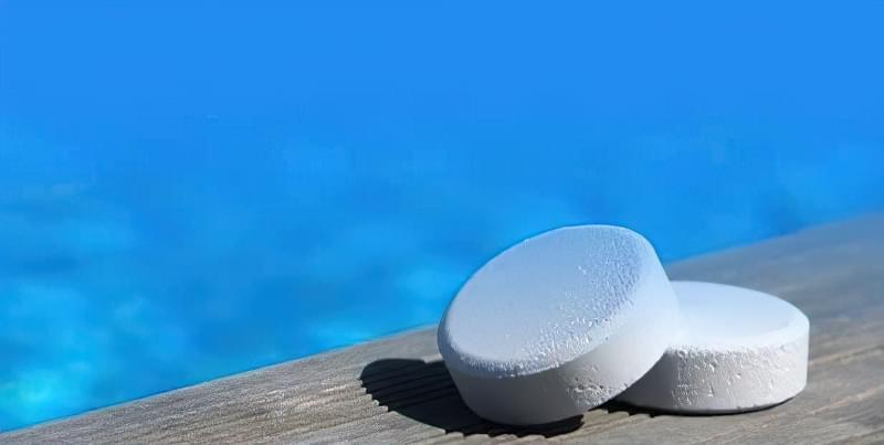 Як правильно очищати басейн? 2