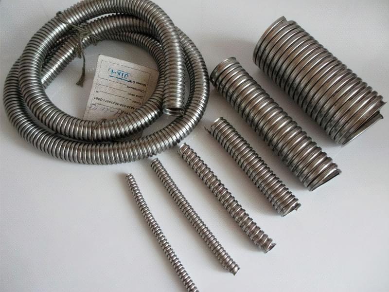 Металорукав для електричного кабелю: вибір і монтаж