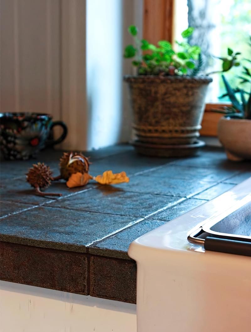 Плитка розміром до 30 сантиметрів: приклади і особливості використання 6