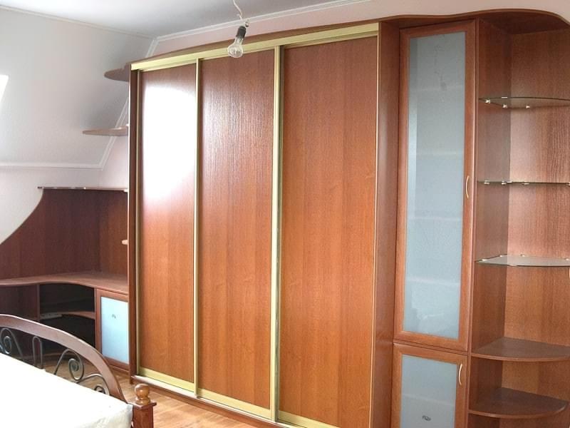 Меблі із залишків ламінату фото