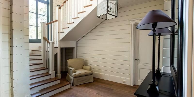 Вибираємо місце для сходів в будинку 4