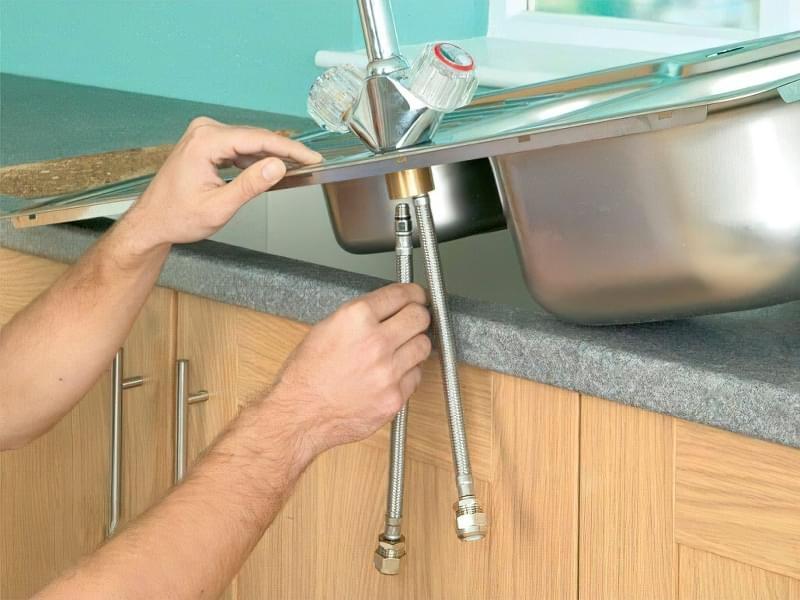 Як врізати мийку в стільницю своїми руками 2