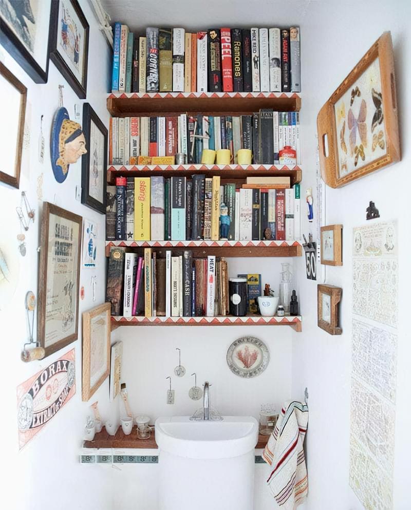 Дзеркало над раковиною у ванній кімнаті: за і проти 3