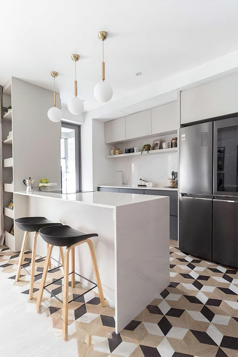 10 прикладів незвичайного підлогового покриття на кухні 5