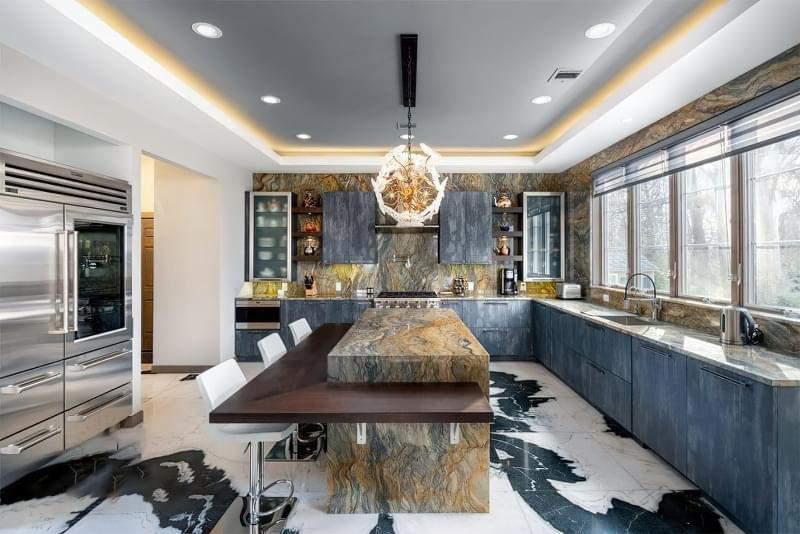 10 прикладів незвичайного підлогового покриття на кухні 6