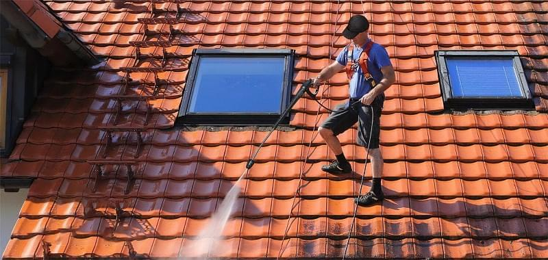 Захист покрівельних покриттів від моху і забруднень 4