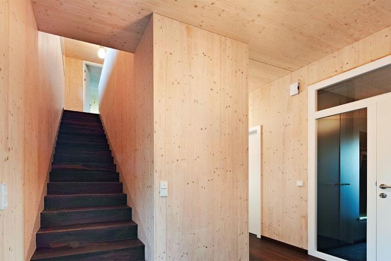 CLT панелі для будівництва будинку: особливості, плюси, мінуси 5