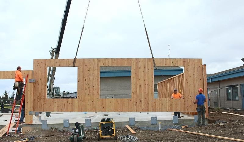 CLT панелі для будівництва будинку: особливості, плюси, мінуси 1
