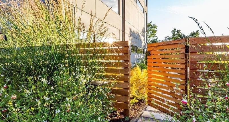 Ідеї для будівництва красивого дерев'яного паркану 4