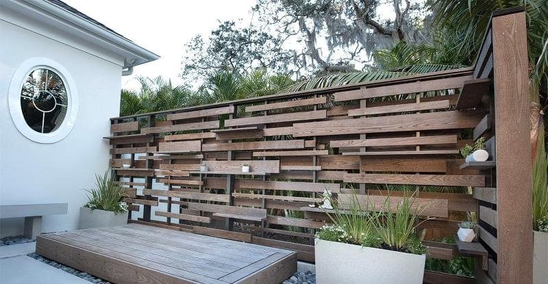 Ідеї для будівництва красивого дерев'яного паркану 9