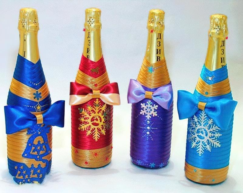 Ідеї як прикрасити пляшку шампанського до Нового року 11