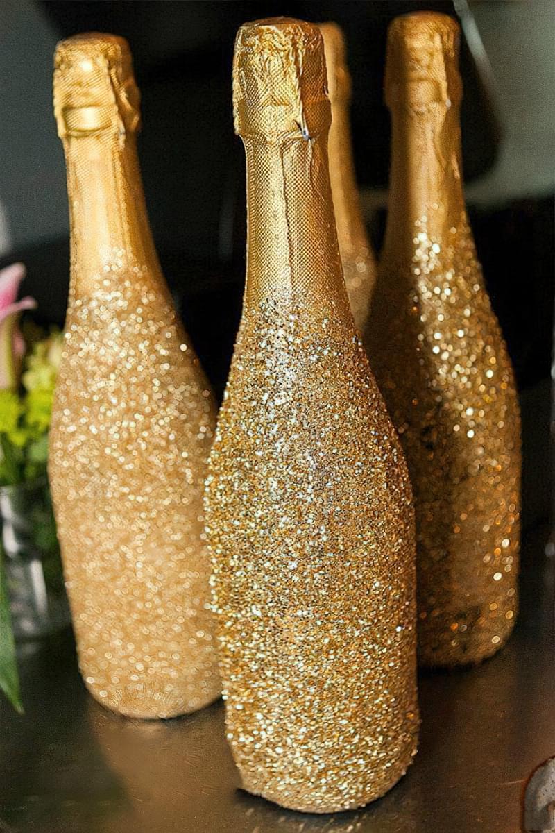 Ідеї як прикрасити пляшку шампанського до Нового року 7
