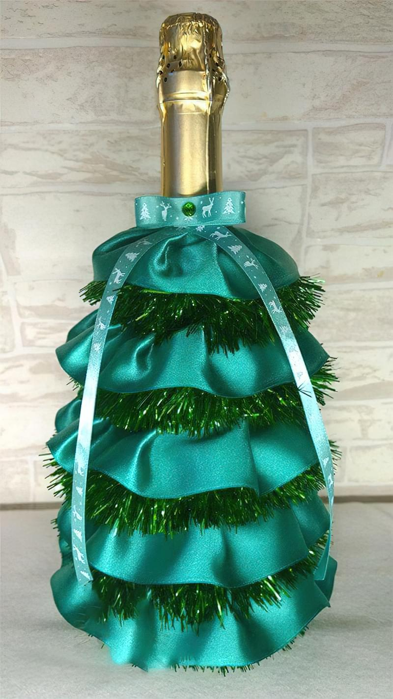 Ідеї як прикрасити пляшку шампанського до Нового року 8